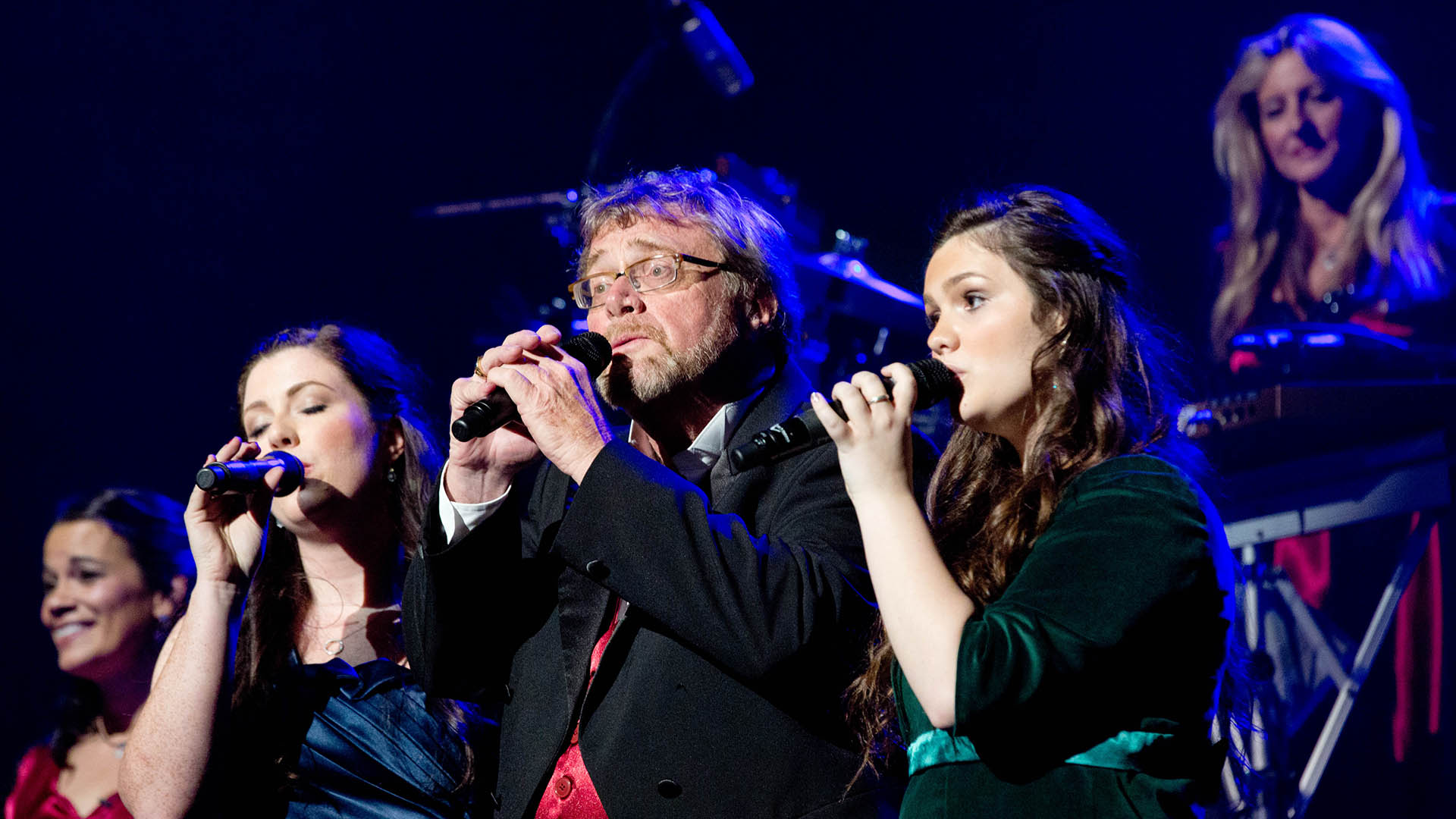Rock to the rhythm of Mannheim Steamroller in special pledge event