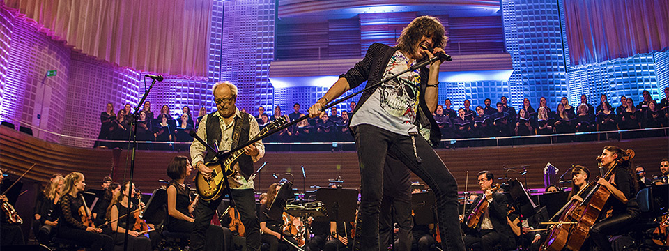 Foreigner Live at the Symphony