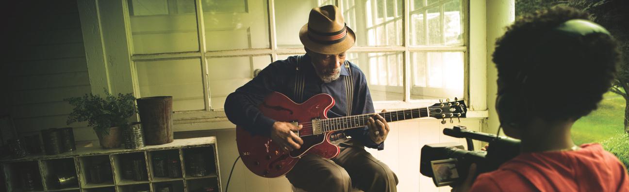 Blues-Man-Color-Hero-914.jpg