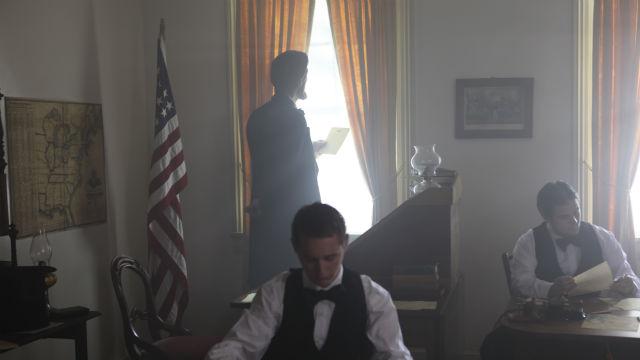 body_lincoln-gettysburg_1.jpg