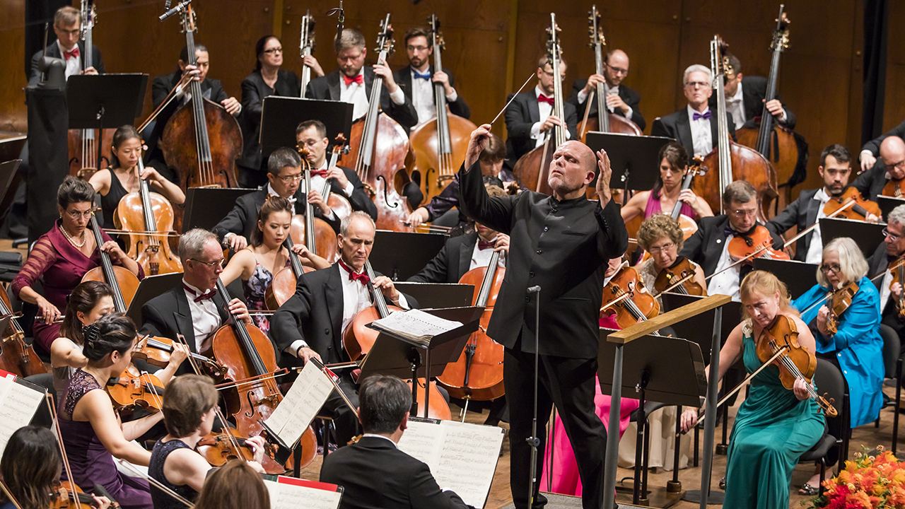 Live from Lincoln Center: New York Philharmonic New Year's Eve with Renee Fleming