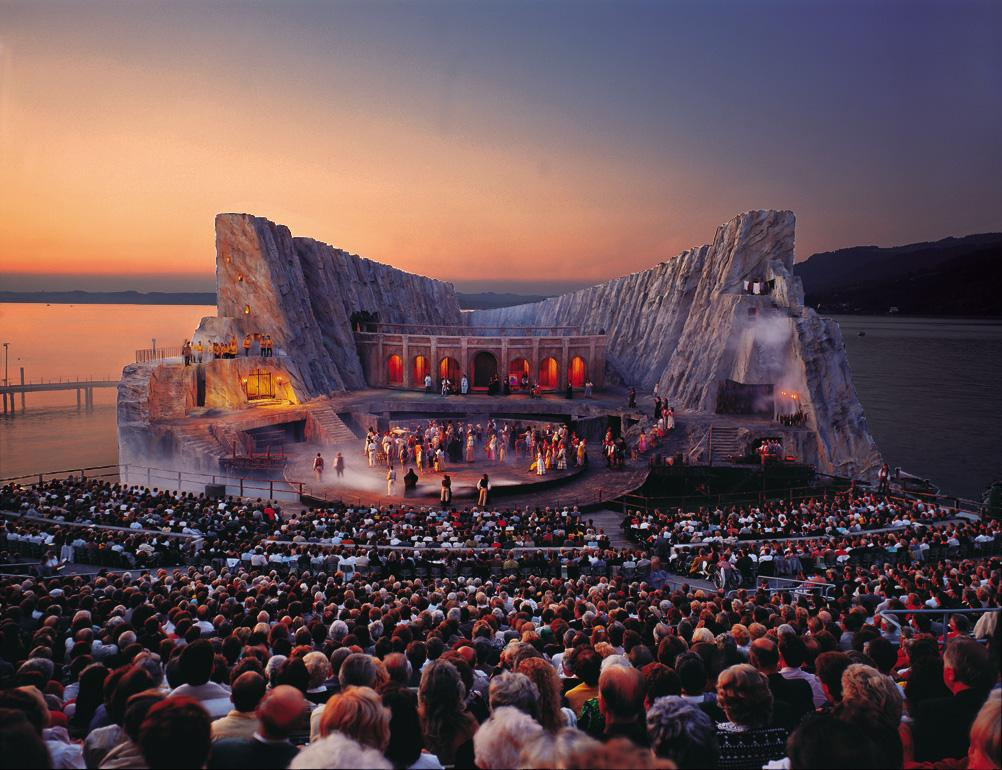 opera-on-the-lake-bregenz-carmen-1991-1992.jpg