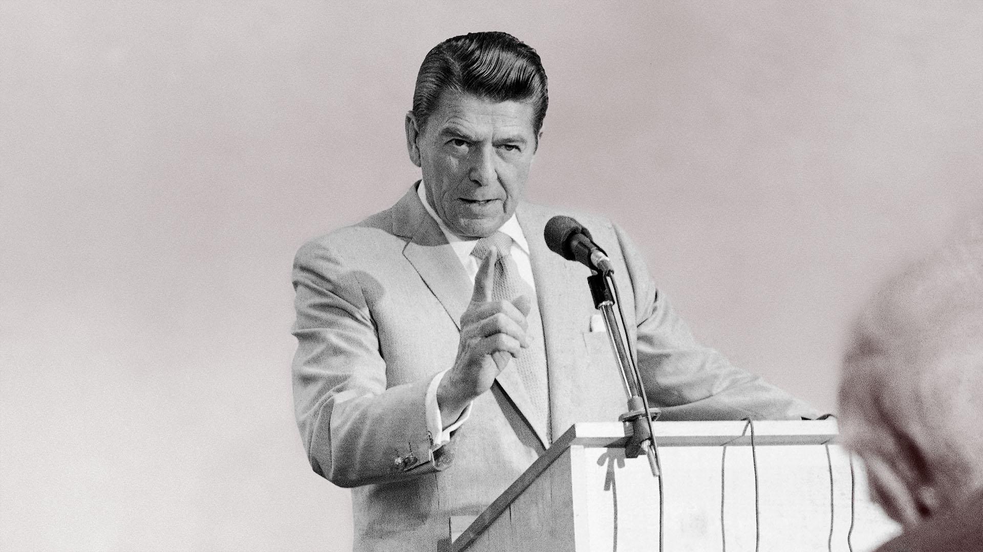 Ronald Reagan | Bio & Timeline