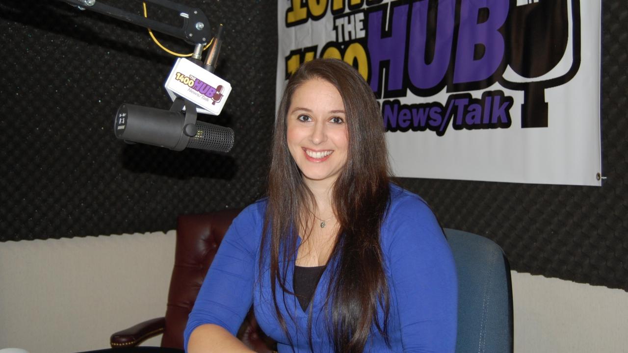 Hannah Rawiszer - Host