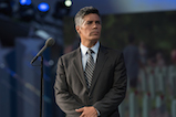 Esai Morales pays tribute to those laid to rest in Arlington National Cemetery's Section 60 on the 27th <em>National Memorial Day Concert</em>.