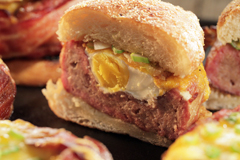 Beer Can Breakfast Burger - THUMB.jpg