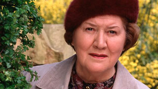 Dame Patricia Routledge recalls VE Day