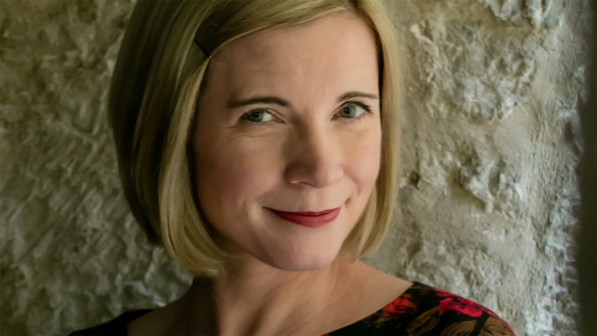 LucyWorsley_16x9.png