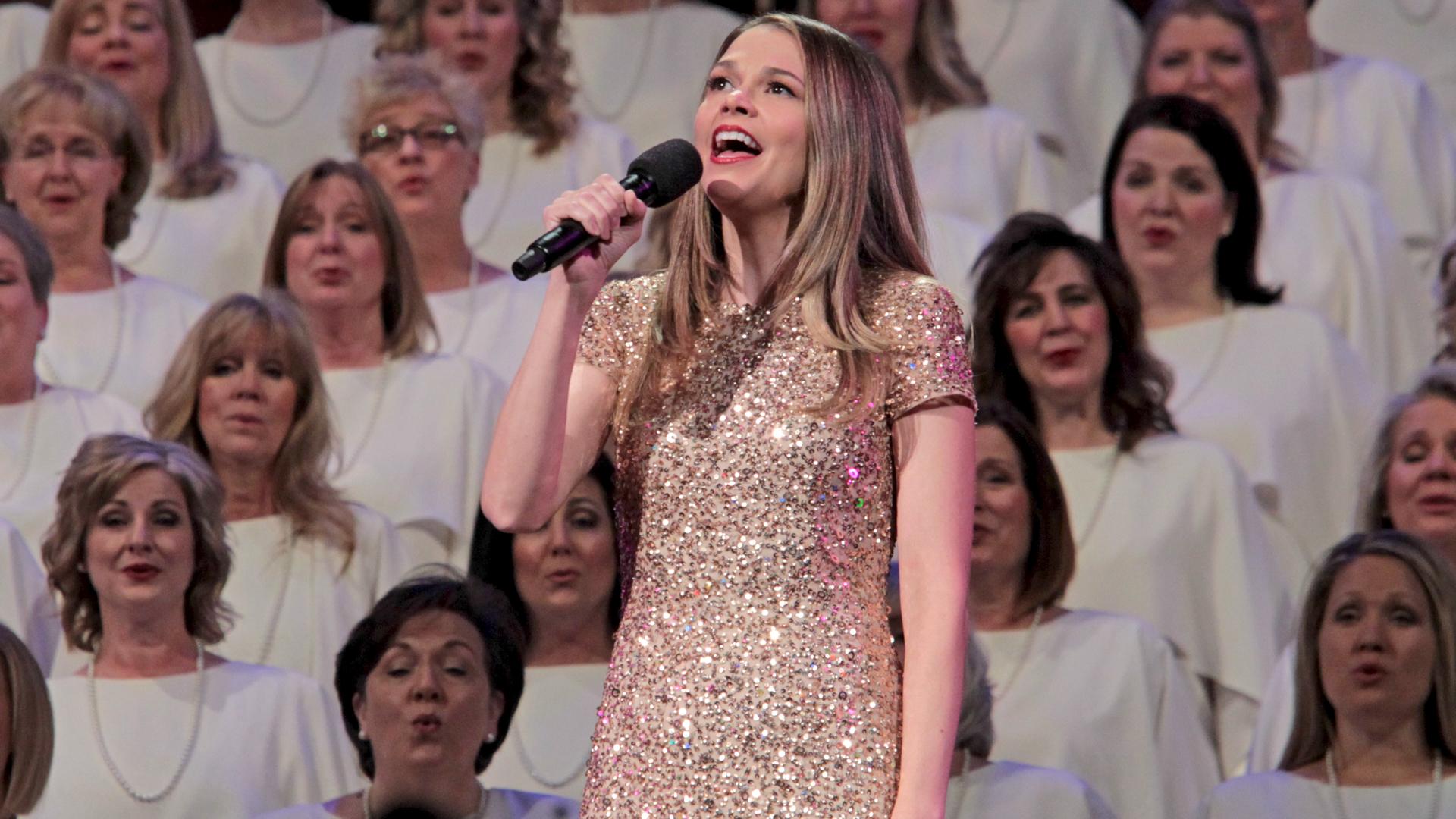 Sutton Foster singing