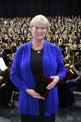 Meladee Ammann, SDMEA Distinguished Service to Music Award.