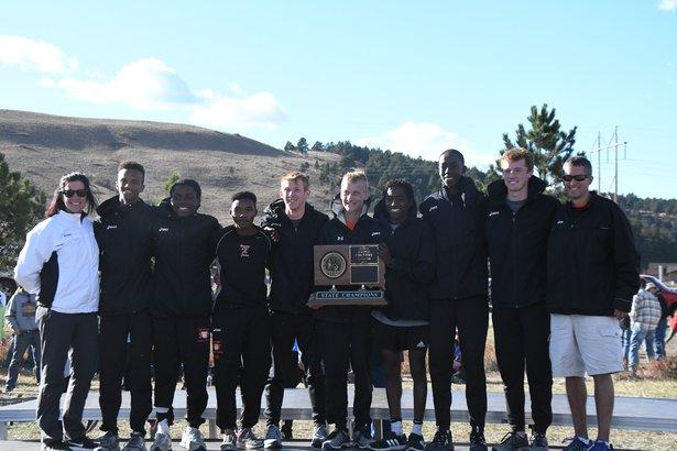 2017 CC Class AA Boys 1st Place - Sioux Falls Washington.jpg