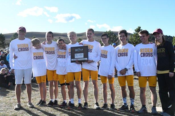 2017 CC Class AA Boys 5th Place - Sioux Falls Roosevelt.jpg
