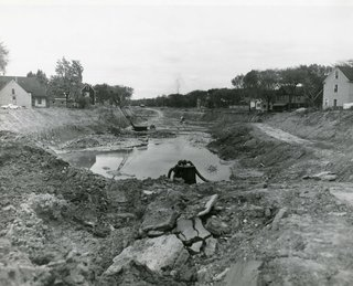 Construction of a sunken highway on the site of the Humboldt Parkway, 1960.