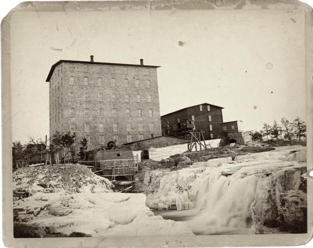 Queen Bee Mill ca. 1890