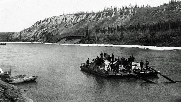 A fully loaded scow headed to the Klondike, 1900.