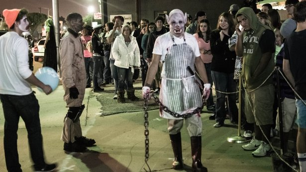6th Street Massacre and other haunts are open for the Halloween season.