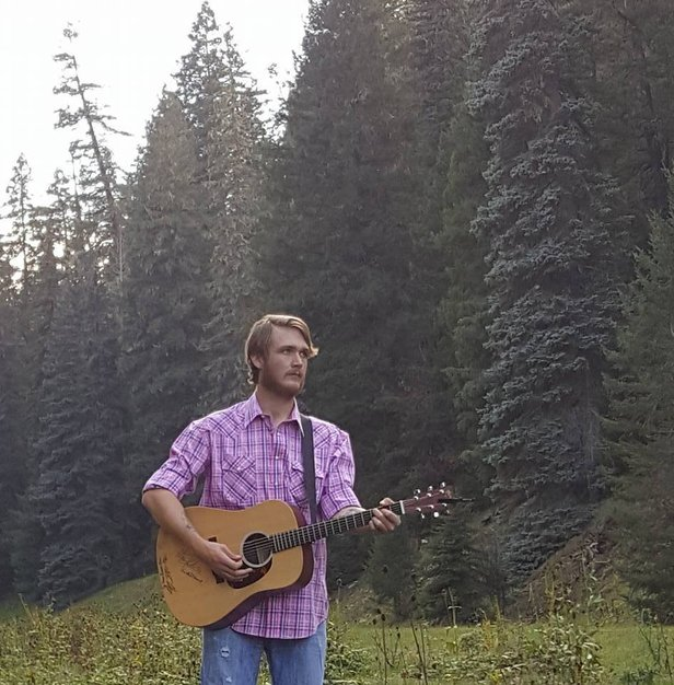 Colton Clarkson will perform Saturday at The Burger Bar.