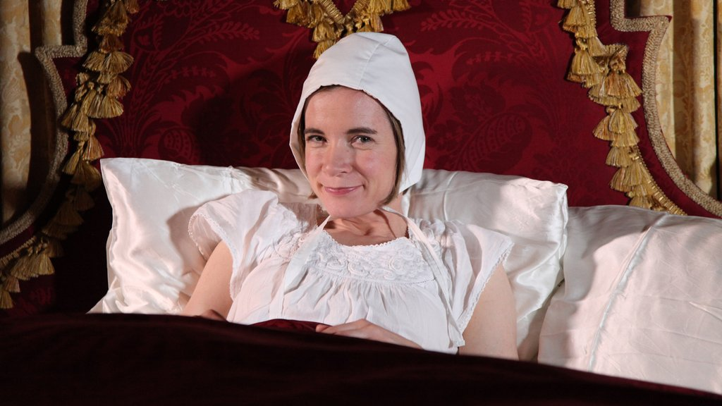 Tales from the Royal Bedchamber host Lucy Worsley