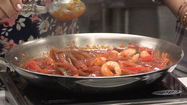 Shrimp in Salsa Criolla