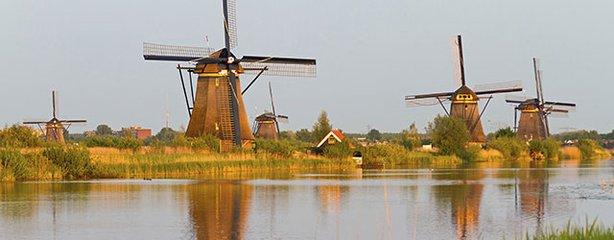 Kinderdijk_netherlands.jpg
