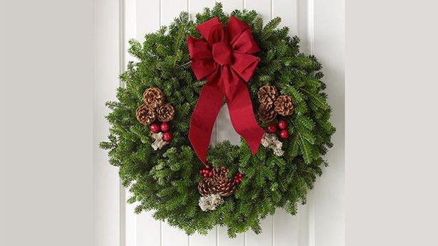 wreath_2017.jpg