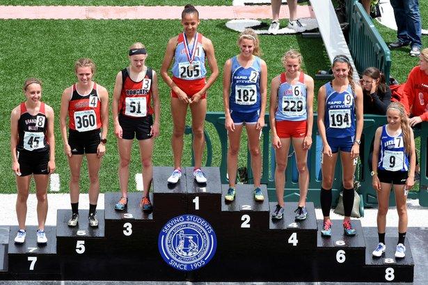 2016 Class AA Girls 1600m Run