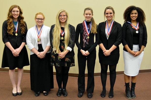 2016 Class B Oral Interp - Poetry Reading