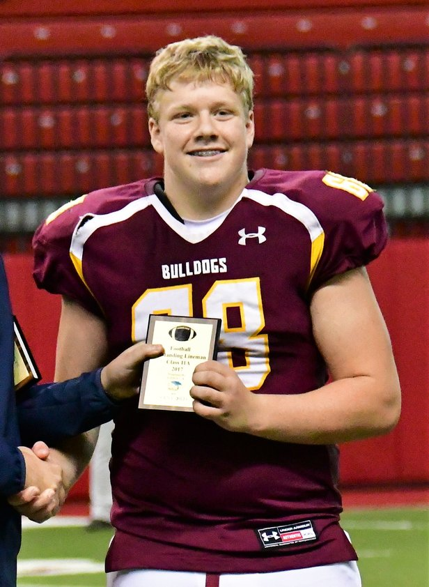 201711A Outstanding Lineman Johnny Ricke - Madison.JPG