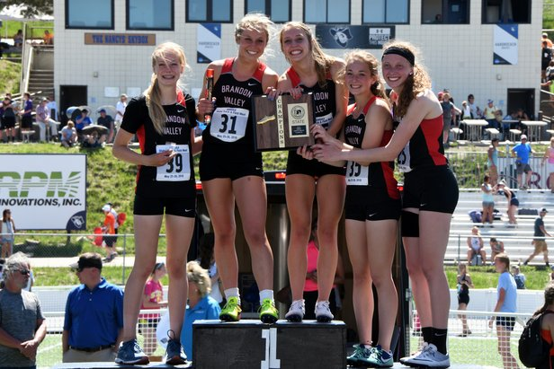 2018 State Track Class AA Girls 1600m Relay Brandon Valley