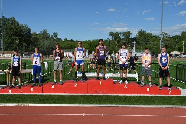 boys 3200 meter run