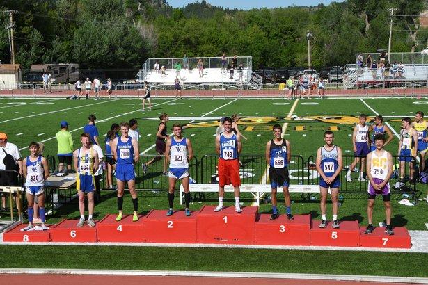 boys 800 meter run