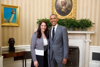 Melody-Arabo-with-President-Obama---Teacher-of-the-Year---2015-full.jpg