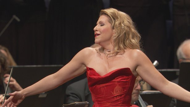 Opera star Joyce DiDonato joins the New York Philharmonic on New Year's Eve.