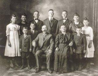 Anna Pavelka's family
